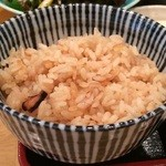 漁師めし 新浜 - 蛸の炊き込みご飯「たこ飯」、これをおにぎりにしたものも販売されています