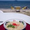 海の家 はしもと - 料理写真:「ラーメン」(400円)。青い空と青い海を望みながらのラーメン・・・最高!