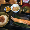 池のや - 料理写真:鮭ハラス焼定食(ちりめんトッピング)¥780