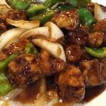 東珍味 - 黒酢酢豚