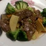 中国レストラン 蘇州 - 牛肉と季節野菜のオイスターソース炒め