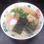 さんわ - 料理写真:さんわ 伯方島本店(愛媛県今治市伯方町)伯方の塩ラーメン550円
