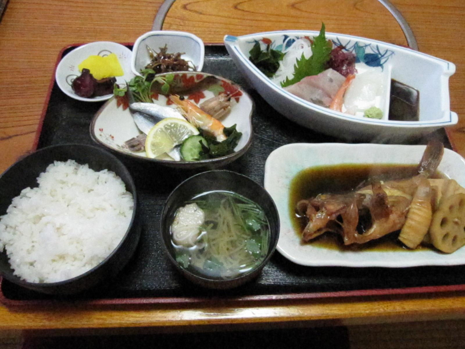 活魚料理 魚専