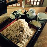 生そば砂田 - 料理写真:おにぎりは大盛りから付きます!