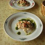 壺屋 - 鶏と野菜の冷前菜。