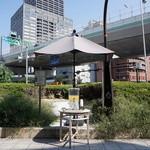 Micasadeco&Cafe - 行列のお客さんへのサービスのお水