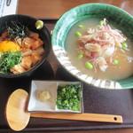 釜揚げうどん 鈴庵 - 吉野葛冷やしあんかけUDON&朝引き鶏のユッケ丼セット