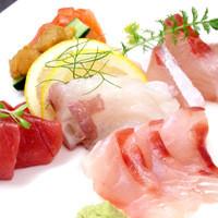 海坊厨 - 新鮮魚介を使用したお刺身盛り合せ!