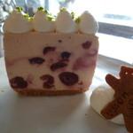 トワモワカフェ - 2種チェリーのレアチーズ~テリーヌ仕立て~ 650円