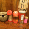 つけ麺本舗 辛部 - 料理写真:卓上調味料