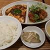上海バール - 料理写真:麻婆豆腐と油林鶏のセット