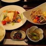 旬菜家 そら - チキン南蛮と豚ゴマサラダ