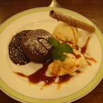 神戸屋レストラン - 料理写真:フォンダンショコラ490円