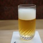 明石 菊水 - ドリンク写真:ビールで喉を癒します