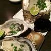 半人前 - 料理写真:真牡蠣と特大岩牡蠣