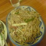 タイ料理ハウス ピサヌローク - タイ風焼きそば