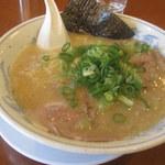 博多っ子 - トロうまラーメン細麺