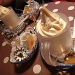 40701025 - アイスクリームとお酒2種類・クレープコーヒーセット ¥1,390