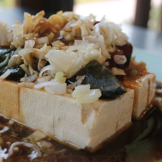 菜の花  - 料理写真:ピータンとザーサイの冷奴
