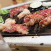 盛香苑 - 料理写真:焼くべし焼くべし!
