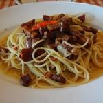 マンマパスタ - 辛口熟成パンチェッタとベーコンのペペロンチーノ