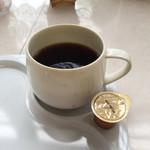ユニバーサル洋菓子店 - ドリンク写真:コーヒー