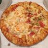 ピザクック - 料理写真:Sサイズ ハーフ&ハーフ チーズクラフト ドレッシングスペシャル&レッドスティンガー