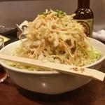 (卸)調布食肉センター - 鮮度もよくてシャキシャキ、てんこ盛りの「い志井サラダ (480円)」