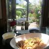 TEA&FOODS Dandelion - 料理写真:薔薇がたくさん咲いているガーデンの前で♡