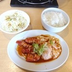 ブッチャー軒 - 料理写真:Aセット(中落ちカルビ+ホルモン)