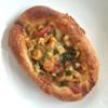 サリュー - 料理写真:野菜の全粒粉パン