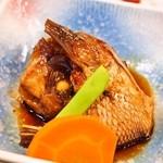 稚加榮 - 和定食(鯛のアラ煮)