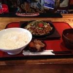 マンゴ - 焼きそば定食(小ライス)