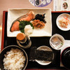 ジョナサン  - 料理写真:焼鮭定食