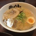 のりお - 料理写真:醤油豚骨らー麺(720円)