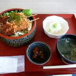 市場食堂 - 鮪ソースカツ丼