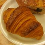 パン樹 久遠 - 天然酵母クロワッサン
