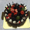 西洋菓子 メゾン・ドゥ・キノ - 料理写真:2015年8月中旬 チョコレートケーキにフルーツ追加した息子のバースデーケーキ。¥2,800 + ¥250 思った以上にフルーツが載せてありました。