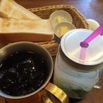 ジロー珈琲 - アイスコーヒー(L)ライム&ミントレモネード モーニングセット