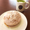 Tarizukohi - 料理写真:宇治抹茶ラテ&ナッティーココナッツパンケーキ