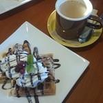 Calm cafe - チョコバナナワッフル
