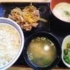 吉野家 - 料理写真:麦とろ牛皿御膳(15年8月)