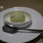 串処 最上 銀座店 - 枝豆のアイスクリーム