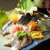 魚呑 - 料理写真:鮮度抜群!旬のお刺身盛り合わせ。