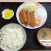 味里屋食堂 - 料理写真:ハムカツ&目玉焼定食 600円