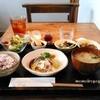 あげは  - 料理写真:ランチ:ぶたしゃぶ、サラダ、小鉢