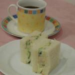 自家焙煎珈琲カフェ・ブレニー - 1/4サンド、新作登場中!日々進化しています!