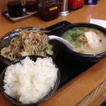 東龍軒 - 肉野菜セット♪