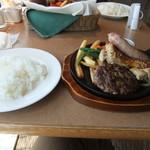 神戸洋食キッチン - KUMAOの ミックスグリルなやつ