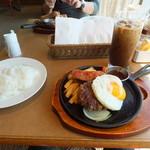 神戸洋食キッチン - 相方の ハンバーグなやつ